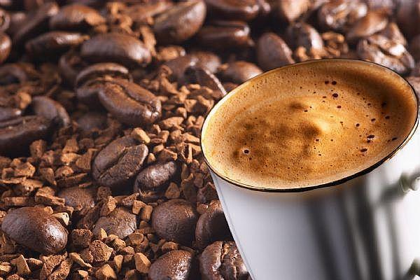 Consumul moderat de cafea reduce riscul unui accident vascular!
