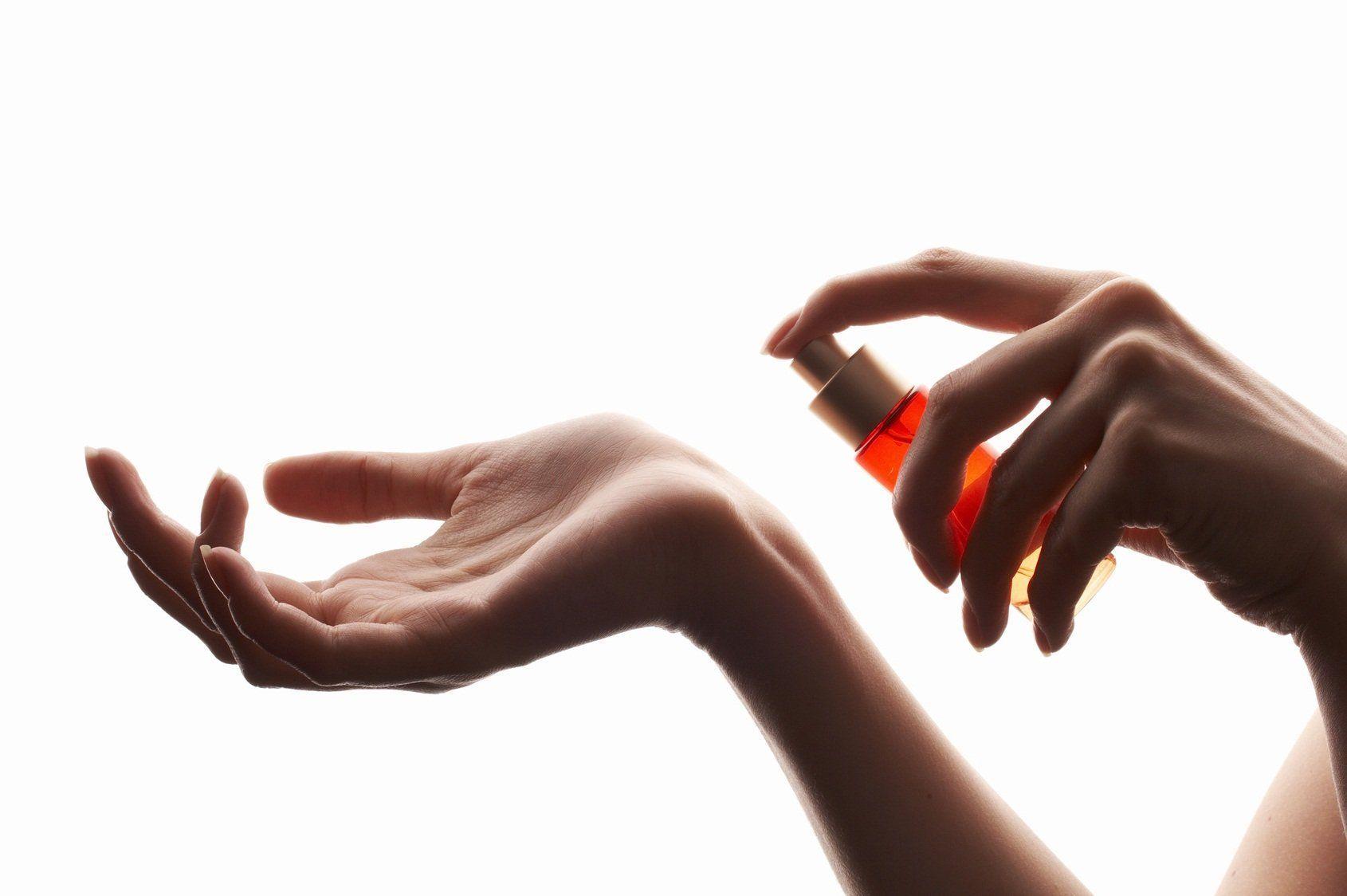 Descoperire: Mirosul corpului ne tradeaza varsta