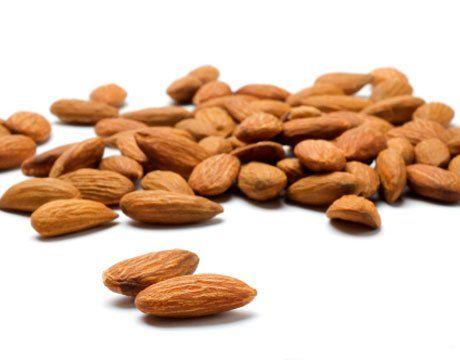 vitamine minerale calorii migdale