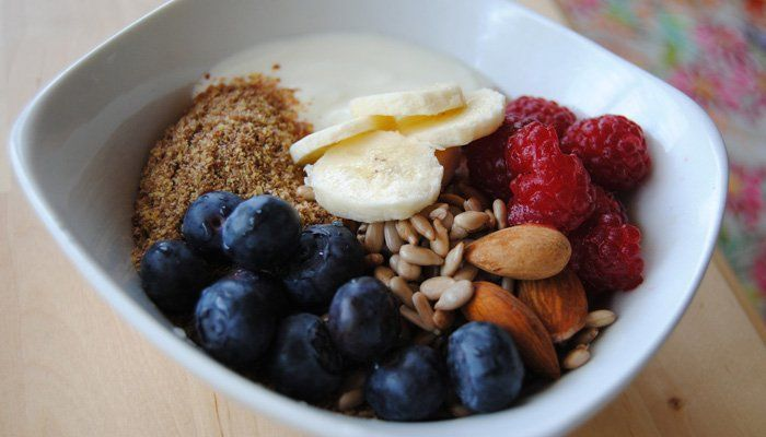 mic dejun sanatos iaurt