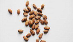 alimente pentru imunitate migdale