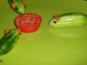 sculpturi din fructe si legume